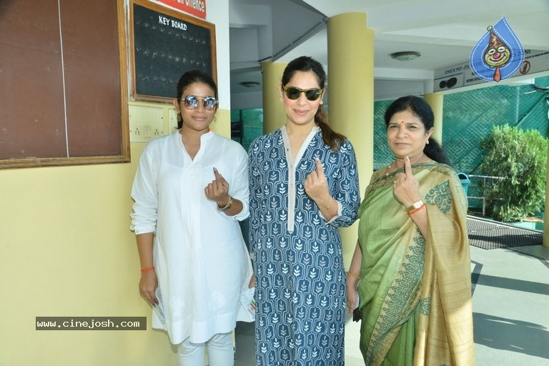 Tollywood Celebrities Cast Their Vote - 13 / 61 photos