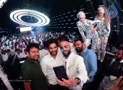 Allu Arjun at Fashion TV and Prism Club White Night Party - 4 of 18