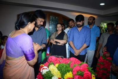 Celebs Pay Homage to Srikath Father - 4 of 36
