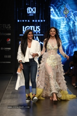 Divya Reddy Showcase at India Fashion Week - 1 of 40