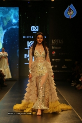 Divya Reddy Showcase at India Fashion Week - 9 of 40