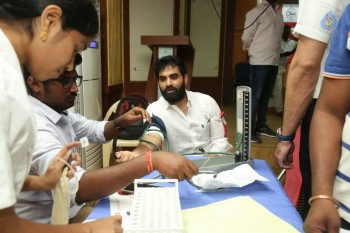 Hyderabad Talwars Blood Donation Camp Photos - 12 of 32