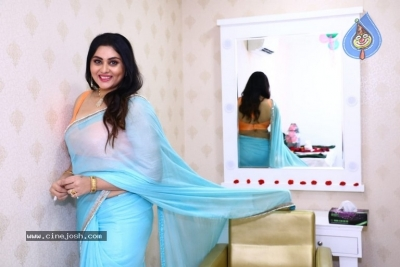 Namitha Launches Green Trends Salon - 5 of 17
