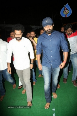 NTR and Kalyan Ram visit NTR Ghat on NTR Death Anniversary - 33 of 42