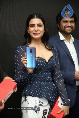 Samantha Launch One Plus Mobile At Big C - 5 of 19