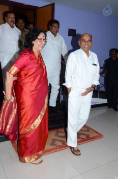 T Congress Leaders Watches Rudramadevi Movie - 13 of 33