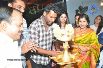 Vishal Inugurate V Square Sports Arena - 3 of 8
