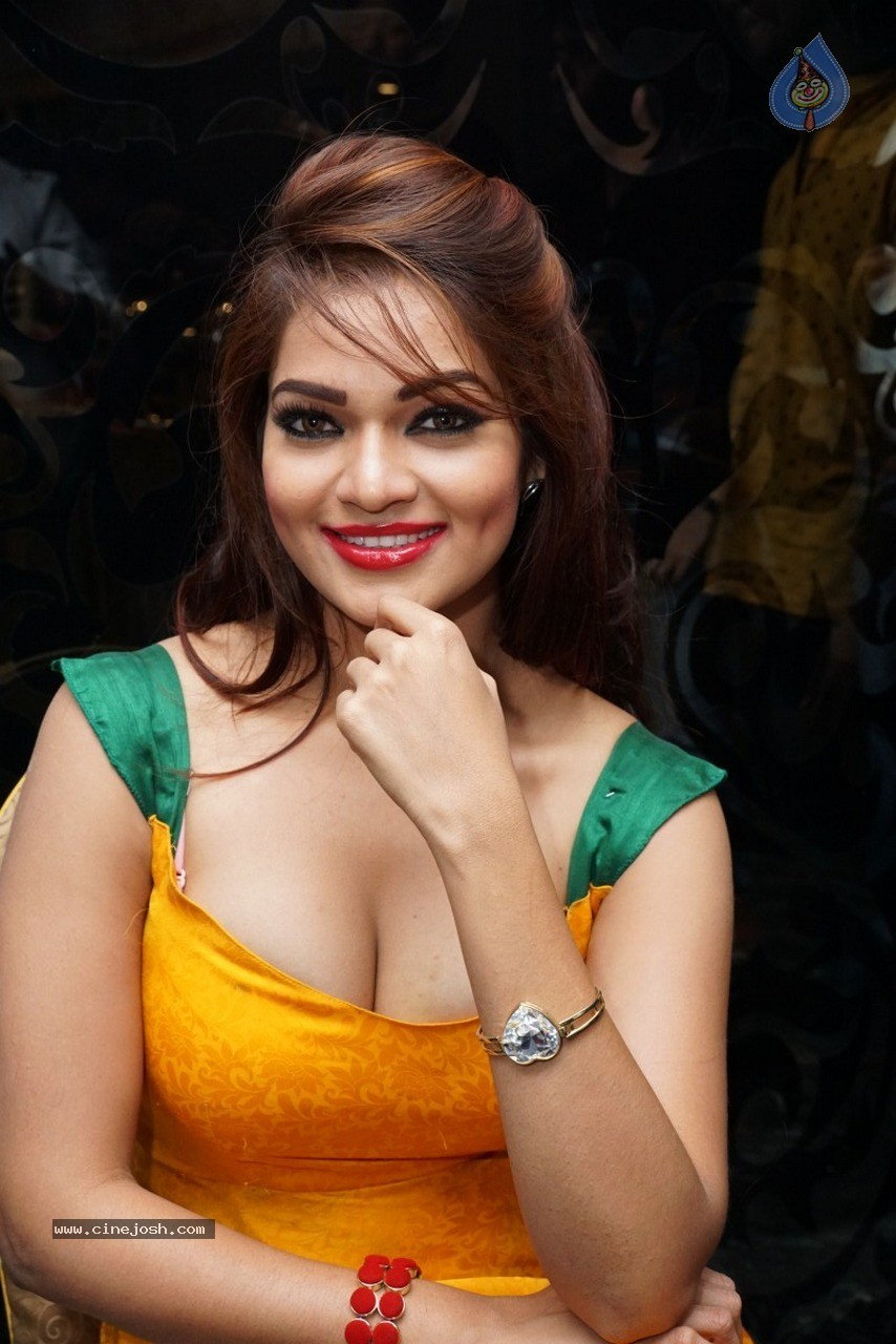 Ashwini Hot Stills - 1 / 60 photos