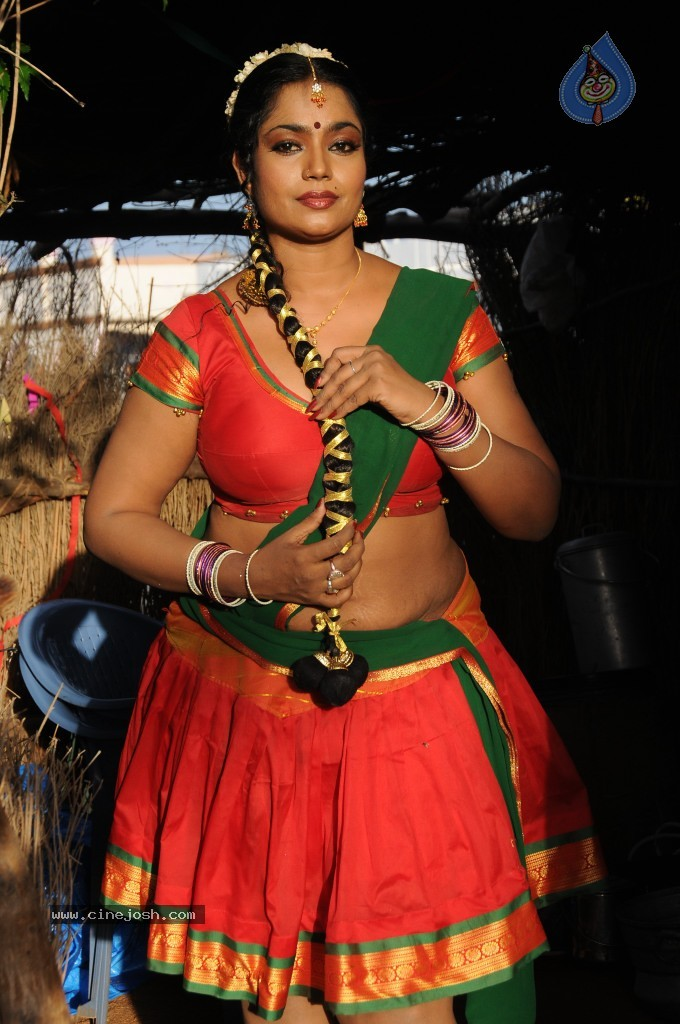 cinejosh gallereys spicy normal jayavani spicy stills 0611120906 jayavani spicy stills 0611120906 026