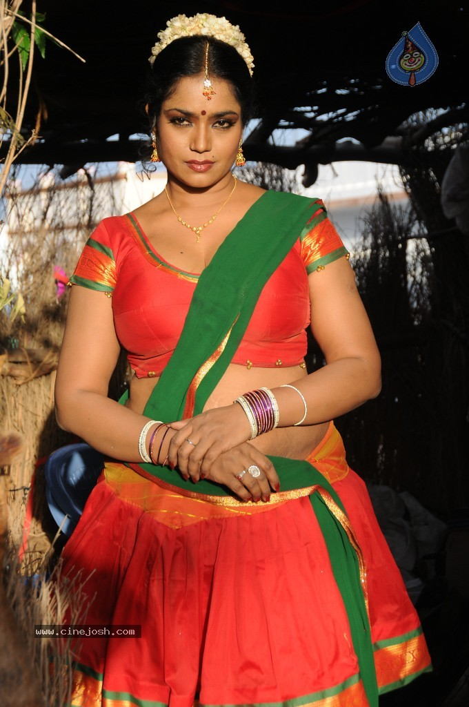 cinejosh gallereys spicy normal jayavani spicy stills 0611120906 jayavani spicy stills 0611120906 028