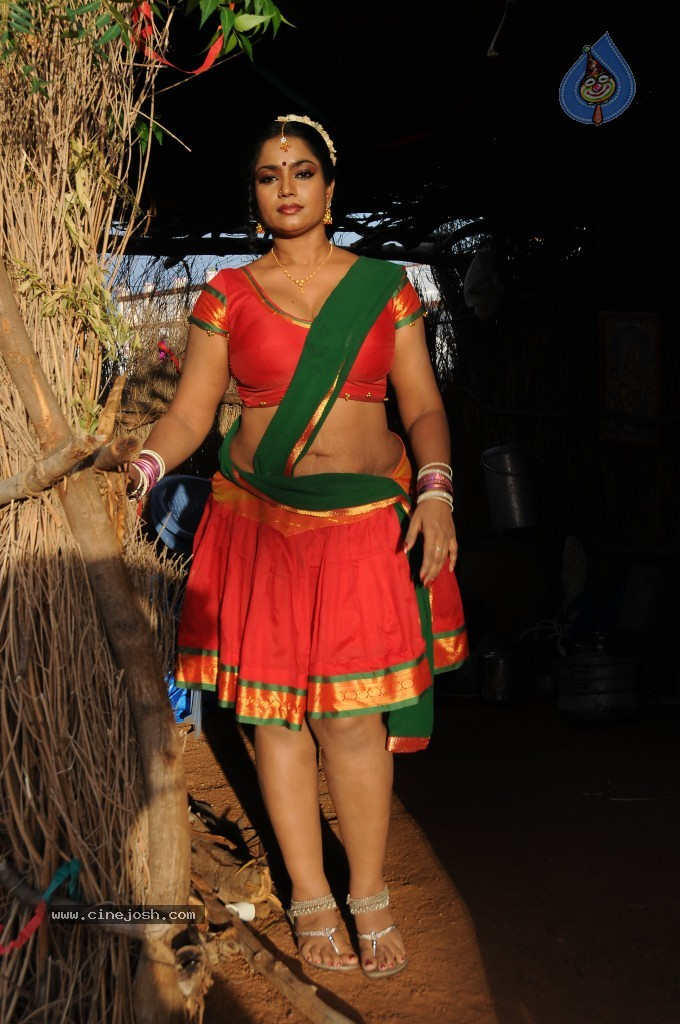 cinejosh gallereys spicy normal jayavani spicy stills 0611120906 jayavani spicy stills 0611120906 029