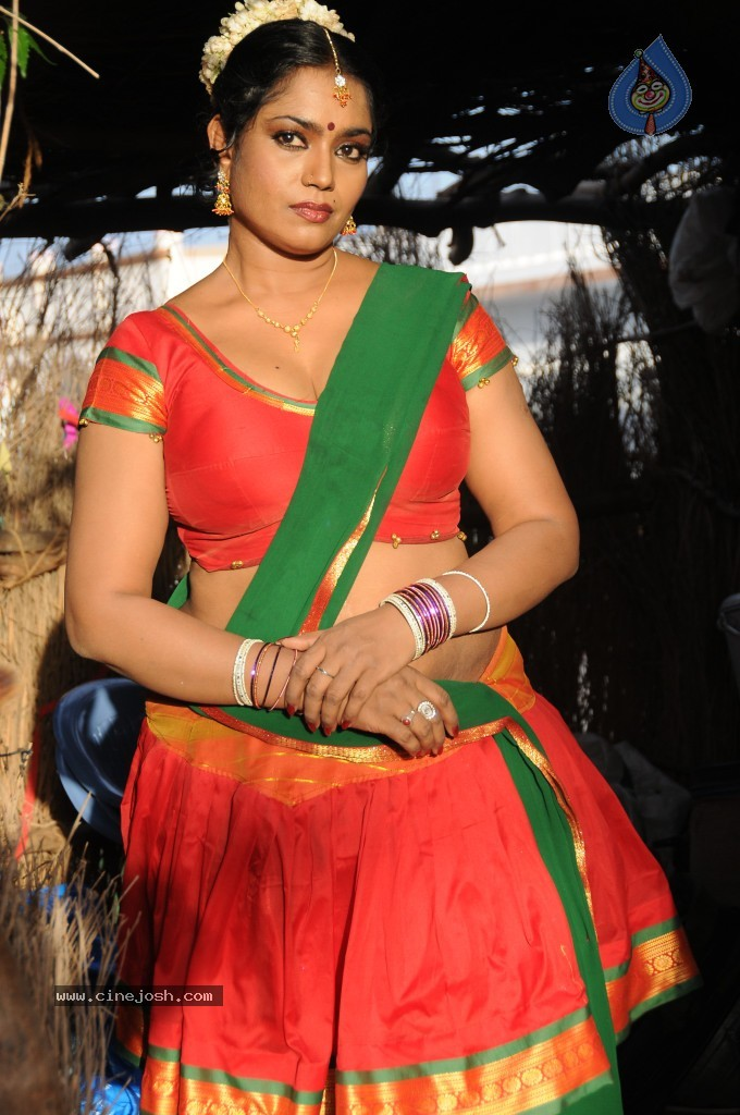 cinejosh gallereys spicy normal jayavani spicy stills 0611120906 jayavani spicy stills 0611120906 036
