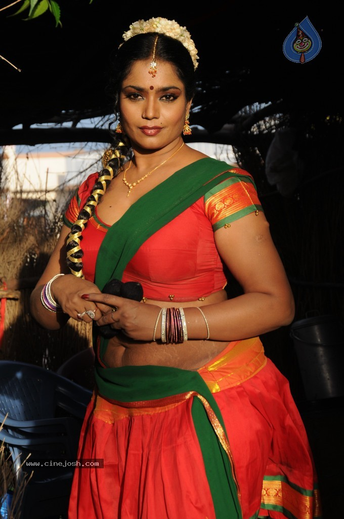 cinejosh gallereys spicy normal jayavani spicy stills 0611120906 jayavani spicy stills 0611120906 037
