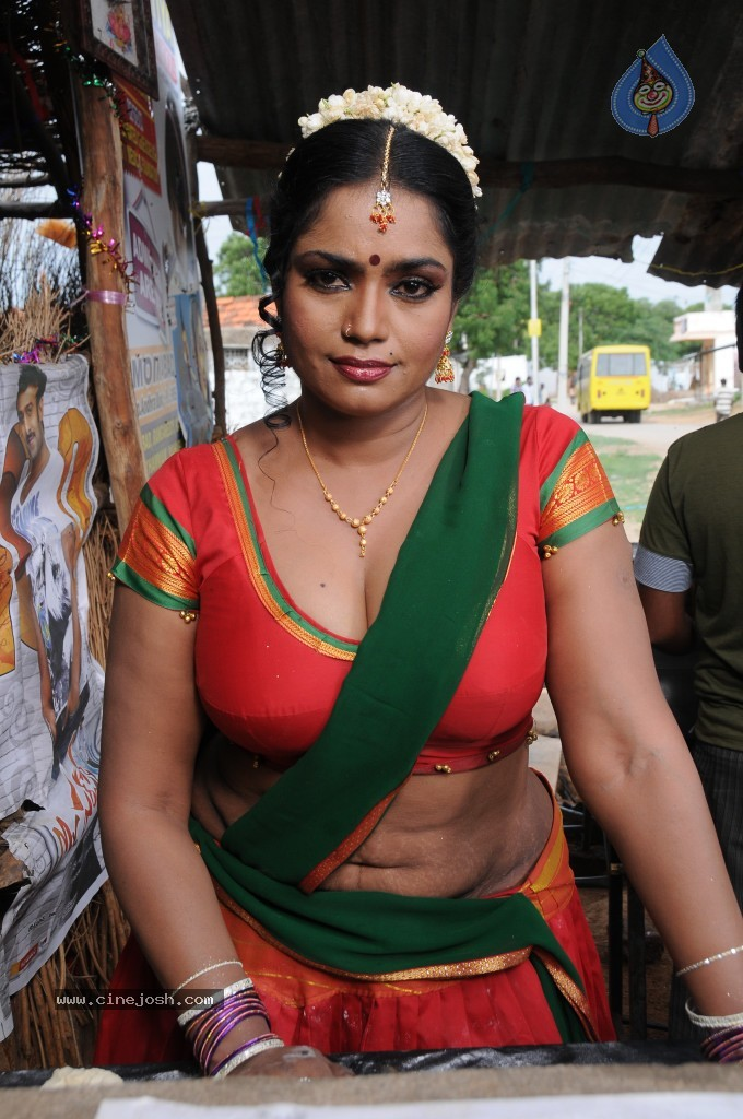 cinejosh gallereys spicy normal jayavani spicy stills 0611120906 jayavani spicy stills 0611120906 040