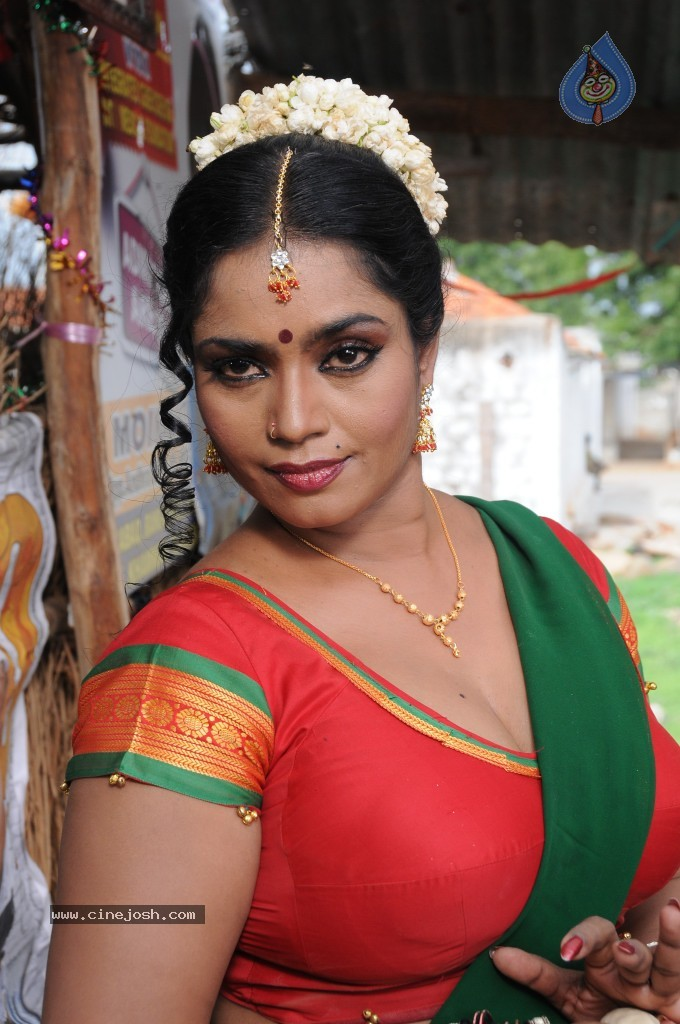 cinejosh gallereys spicy normal jayavani spicy stills 0611120906 jayavani spicy stills 0611120906 044