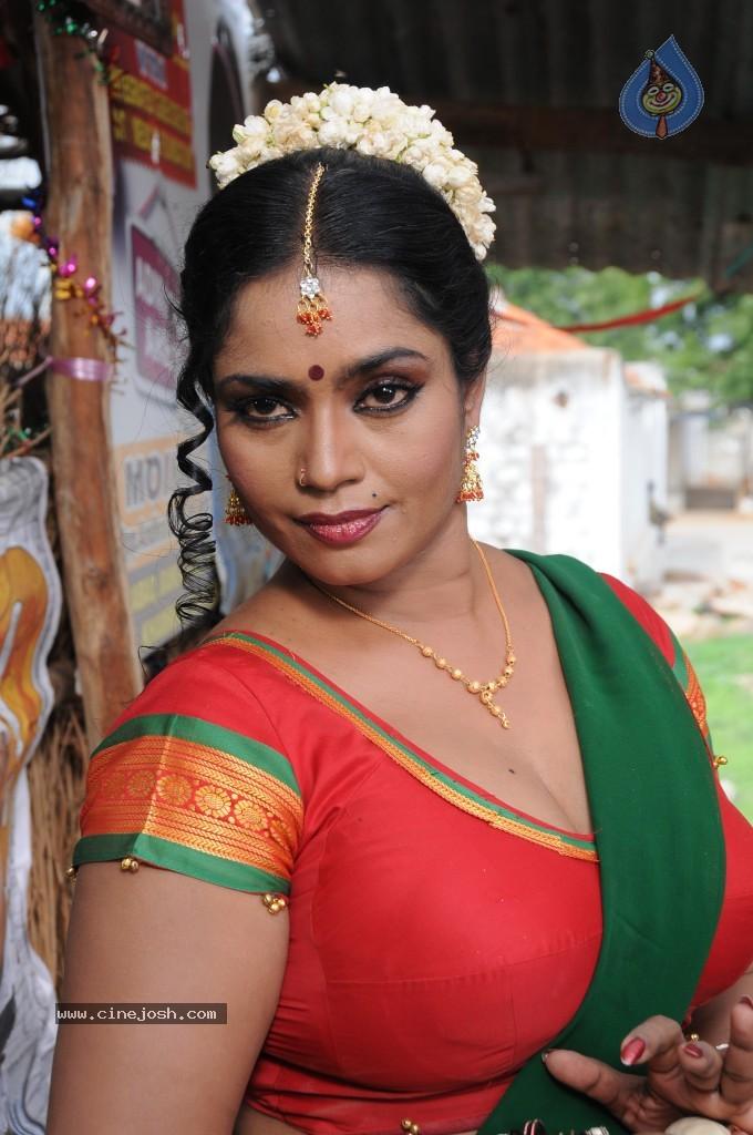 Jayavani Spicy Stills - Photo 44 Of 50-1077