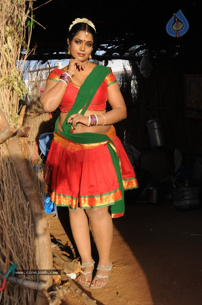 cinejosh gallereys spicy normal jayavani spicy stills 0611120906 jayavani spicy stills 0611120906 049