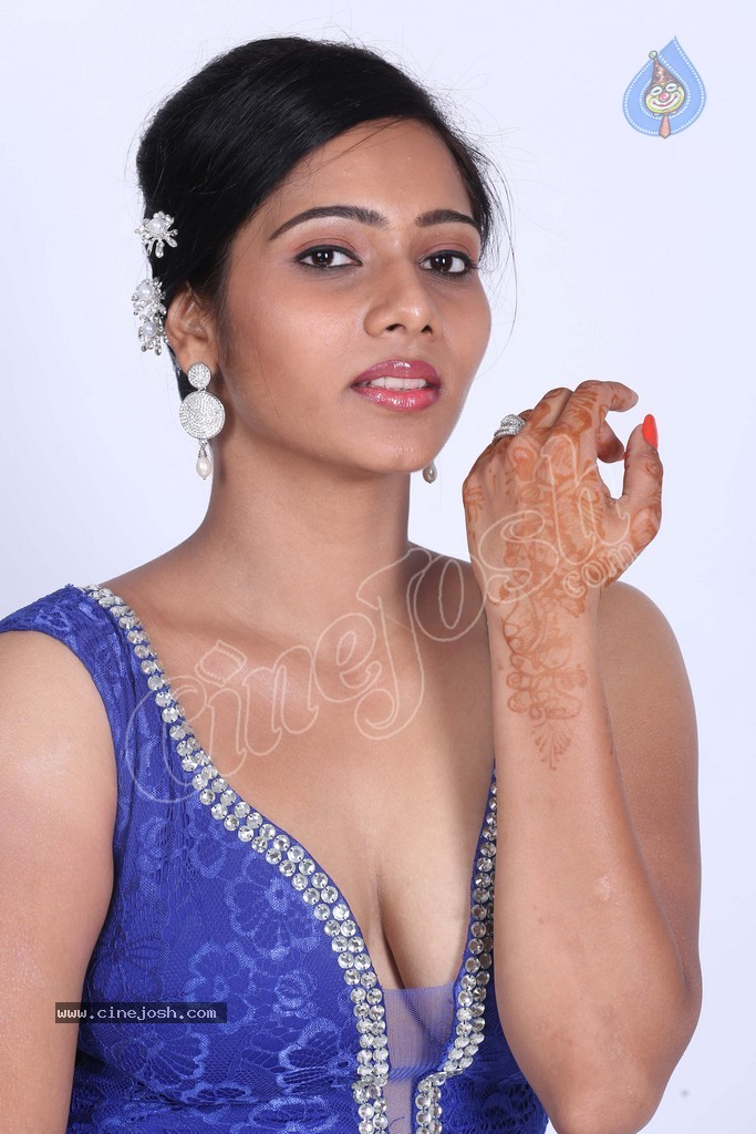 Mithraw Hot Stills - 3 / 88 photos