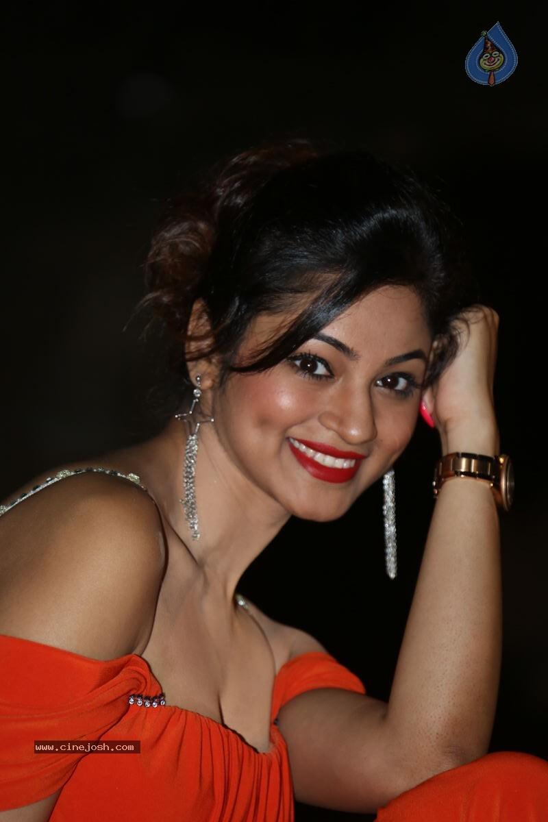 Shilpi Sharma Hot Photos - Photo 36 of 65