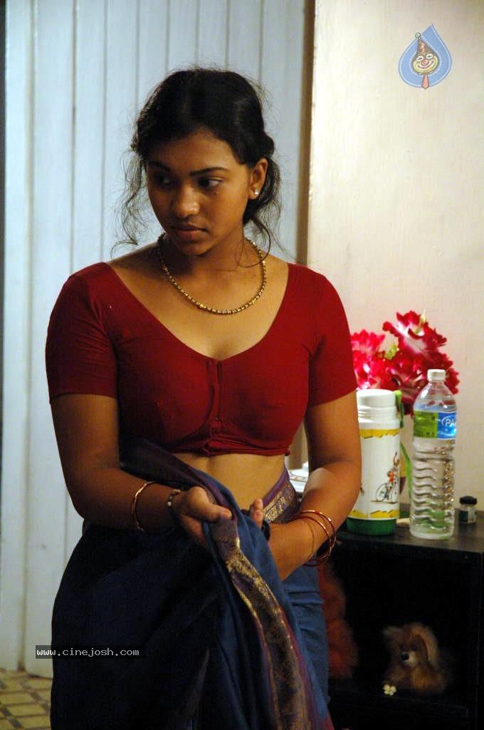Thenmozhi Thanjavur Movie Hot Stills - Photo 10 of 52