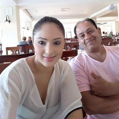Nikesha Patel Spicy Photos - 5 of 5