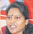 Shoba Rani stages dharna