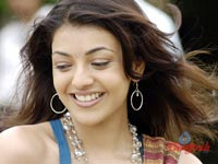 How does Kajal want to holiday?