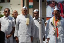 Ministers felicitating freedom fighters