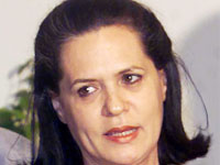 Sonia visit to AP only after flood situation improves