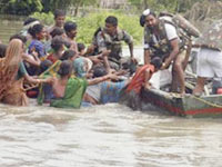 Rs 1 lakh ex-gratia to kin of flood victims