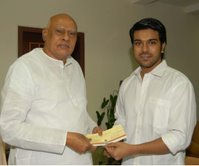 Ramcharan donates Rs 10 lakh for flood relief
