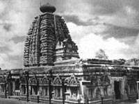 Temples continue to remain under flood waters