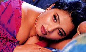 Pawan Kalyan's girl replacing Shake'ela aunt.