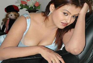 Seductive aunty serving her beauties for Producer.