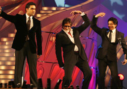 Big B, Abhishek & SRK in a Direct war