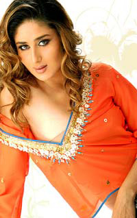 Hot Kareena to host a TV reality show