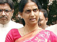 Acid attack victims to get compensation: Sabitha