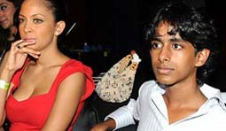 Lalit Modi's son insulted in night club