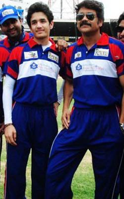MAA T20 Spl: Akhil Akkineni is'THE NEW STAR'