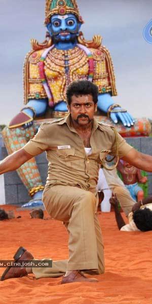 Tamil 'Singam' threatening Rajini