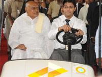 CM meets Ahmed Patel