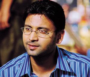 Young hero waiting for Pawan & Mahesh