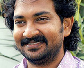 How many cousins & names do Rajamouli have?
