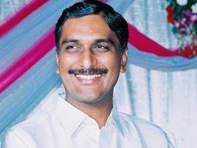 Harish Rao leads TRS battle breaking YSR