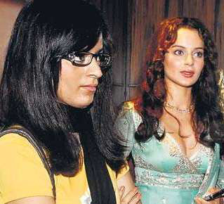 Kangna's sister comes back from Acid attack
