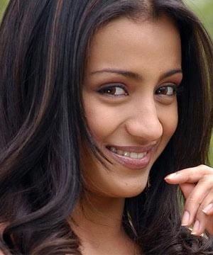 Trisha throws Party for Pawan Kalyan