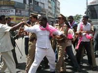 Telangana Lawyers suicide bid at High Court