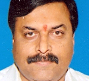 Ponguleti lashes out at BJP: 'Those who live in glass houses...'