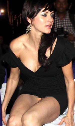 Salman Khan In Love With No Panty Babe