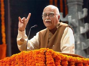 Advani wants T Bill in winter session
